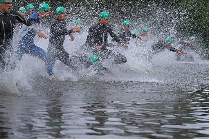 Starten i Oslo Triatlon 2011.  Foto: Heming Leira