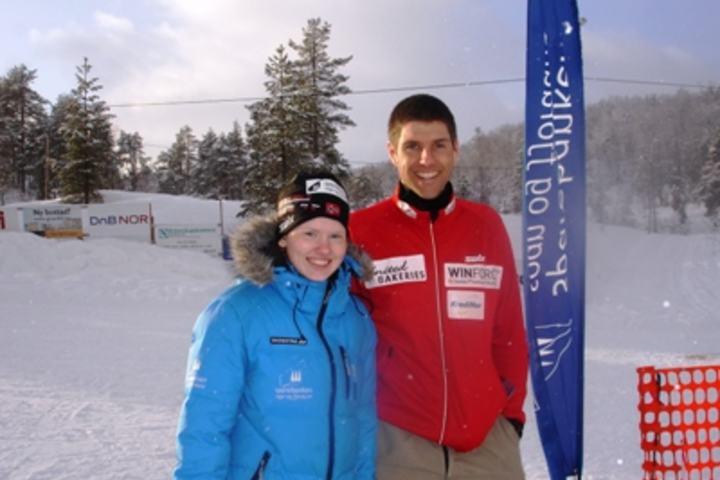 Andre Haugsbø som vant lørdagens renn og Karoline Holsen Kyte som kom på 2. plass er her avbildet etter seier i Kalsetrennet 2012.