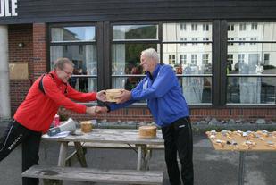 Magne Tystad (til høgre) - initiativtakar til Nordfjordkarusellen