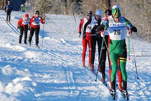 Martin Hallberg vant sin andre strake seier i OBIKs skikarusell. Her i tetpulja i Nordmarka Rundt i 2013. Foto: Randi Wærnes
