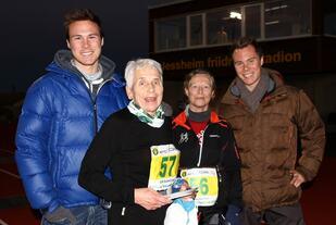 Lukris Grønntun og Oline Yksnøy løp inn til gull K75 og K70 på NM maraton på Jessheim i 2013. De er selvsagt ikke for gamle til å konkurrere. Det synes heller ikke ungguttene Andreas og Thomas Roth som er i starten av sin elitekarriere (foto: Bjørn Hytjanstorp).