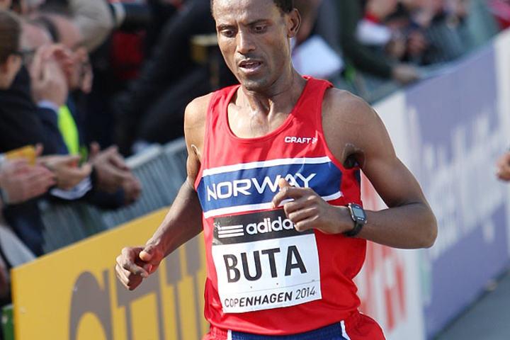 Urige Buta, her fra VM på halvmaraton i København 2014, vant lørdag Haugesund halvmaraton på 1.07.06 (Foto: Kjell Vigestad)