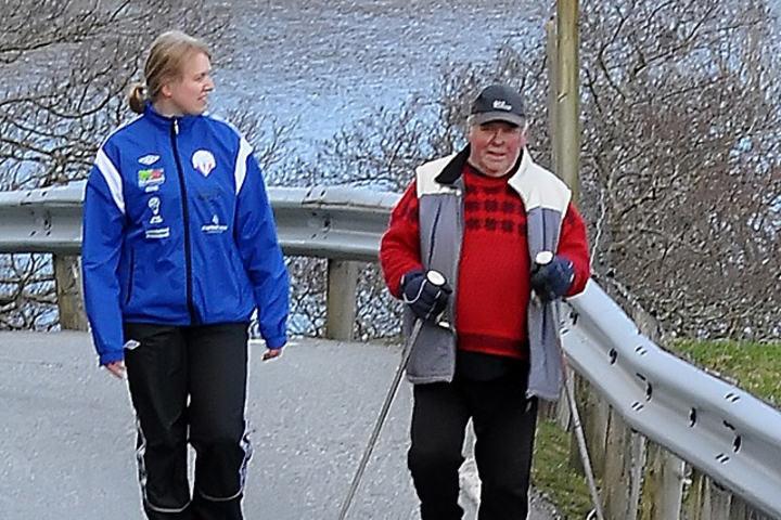 Elin Udstuen og Hjalmar Grundberg feirar IFK 30 år.