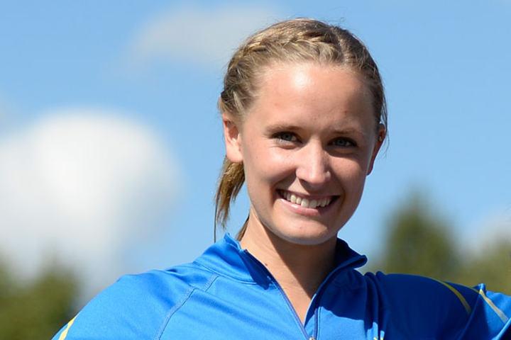 Hedda Hynne har satt norsk rekord på både 600 og 800 m tidligere i vinter, men får meget tøff motstand når hun løper 800 m i landskampen. (Foto: Bjørn Johannessen)