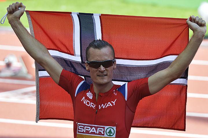 Sist Henrik Ingebrigtsen løp på Letzigrund stadion i Zürich kunne han juble for sølv i EM. Nå løp han meget offensivt i Diamond League-stevnet på samme bane. (Arkivfoto: Bjørn Johannessen)