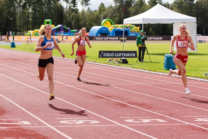 400_meter_forsøk_kvinner_22_august_2014_1