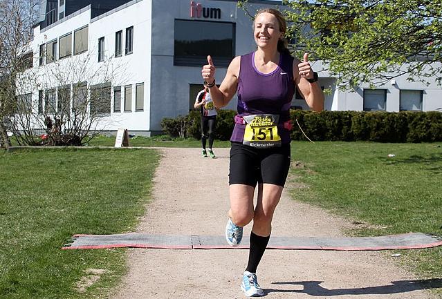 Therese Falk løper Bislett 24-timers for fattige jenter ...