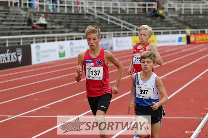 Bilde 4 Lars Agnar Hjelmeset etter ca 2 runder på 2000m