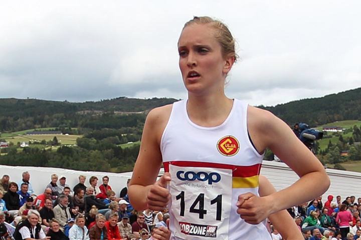 Frida Berge starta banesesongen ute med førsteplass på 1500 m. (Arkivfoto: Bjørn Johannessen)