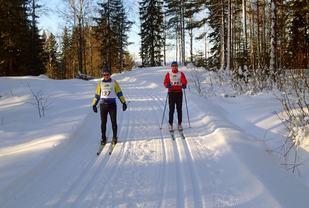 Rennleder og løypesjef på befaring (arrangørfoto 2015).