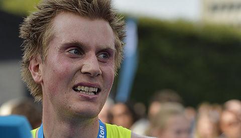 Sondre Nordstad Moen klarte målet sitt om å løpe under 1.03 på halvmaraton i City Pier City Loop. (Arkivfoto: Bjørn Johannessen)