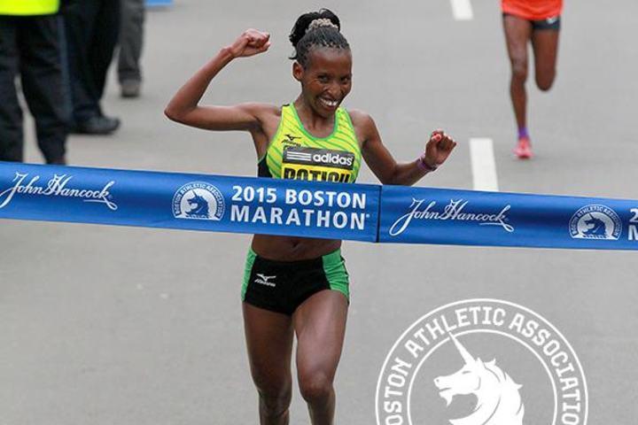 Caroline Rotich vinner Boston Marathon 2015
