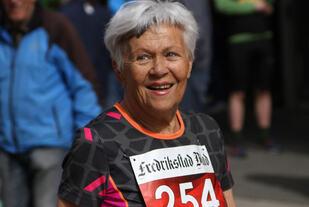 Tove Hassing eldste kvinne under 30 min på 5km Foto: Runar Gilberg