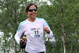 Gloria Vinstedt ble nummer 11 i Manchester Marathon. Her ser vi henne i Rallarvegsløpet som hun har vunnet flere ganger. (Foto: Runar Gilberg)
