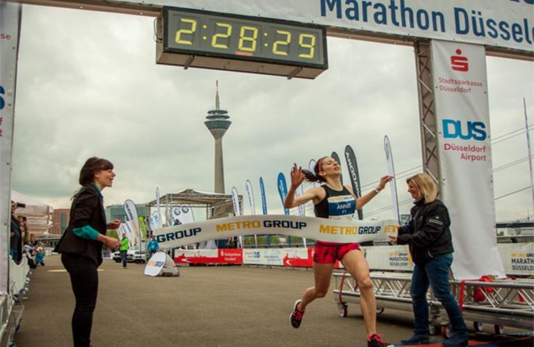 Annioe Bersagel vinner Dusseldorf MarathonTwittervinnerbilde fra arrangøren