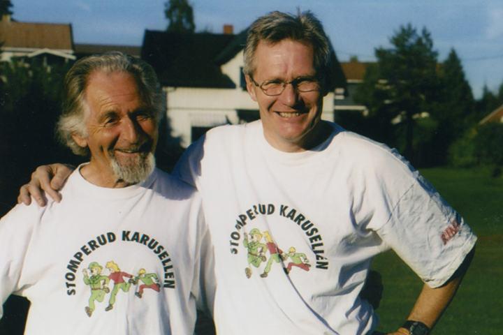 Øyvind Dahl (th) sammen med Viktor Larsen i Stomperudkarusellen i 2002. Foto: Else Hustad