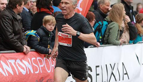 Kristen Aaby var aller best av alle menn i Sentrumsløpet når alderen ble tatt i betraktning. (Foto: Kjell Vigestad)