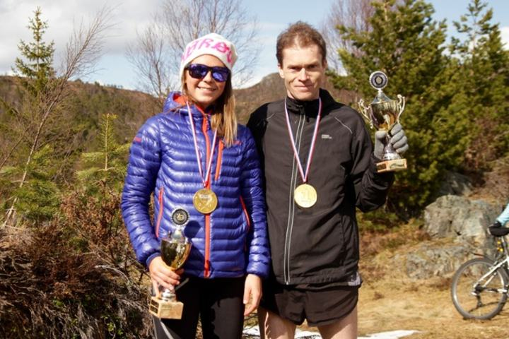 De to vinnerne i Eikenosa Opp 2015, Silje Dypbukt og Kristian Nedregård