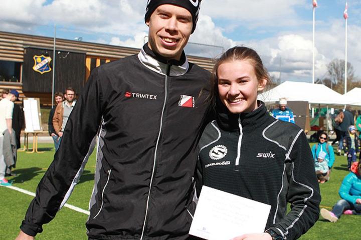 Vinnerne: Svenske John Börjesson og  unge Tina Knutsmoen fra Nesodden (Foto: Kjell Vigestad)