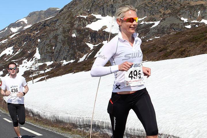 Guro Vadheim her under fjorårets Fjellmaraton der hun tok tredjeplass på halvmaraton. Foto: Kjell Vigestad
