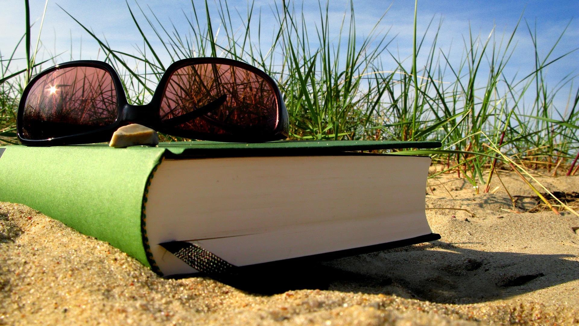 original-summer-vacation-book-glasses-bookmark-sand.jpg