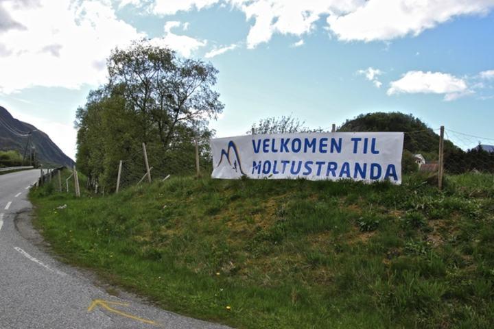 Velkommen til Moltustranda Mosjonsfestival. Foto: Martin Hauge-Nilsen