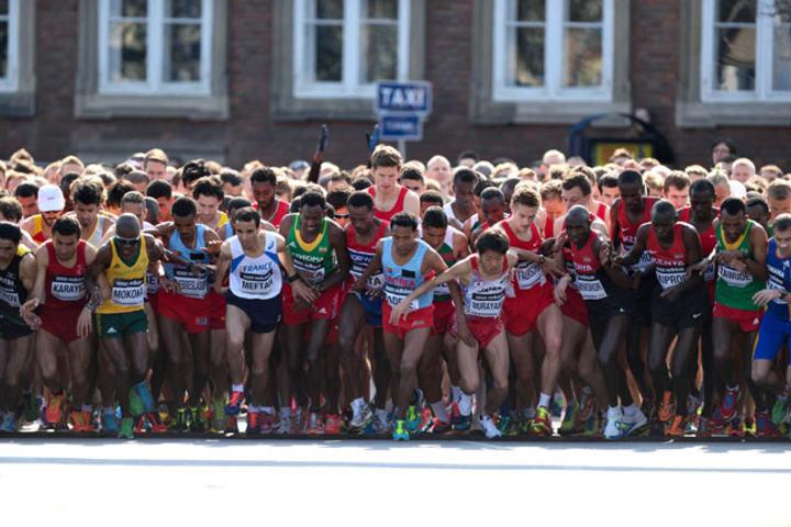 Fra starten på VM halvmaraton i 2014.
