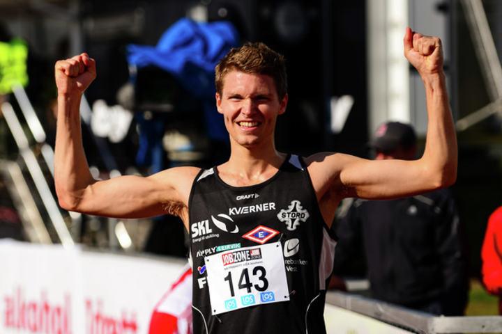 Tom Erling Kårbø viser muskler også i vinter. (Arkivfoto: Erling Pande Braathen)