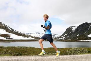 Jørgen Nordanger debuterte i Rallarvegsløpet i fjor. Nå er han klar for en ny ferd over fjellet. (Foto: Runar Gilberg)