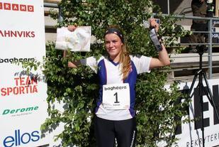 Ingeborg Eide med seier i O-ringen. (Foto: Stein Arne Negård)