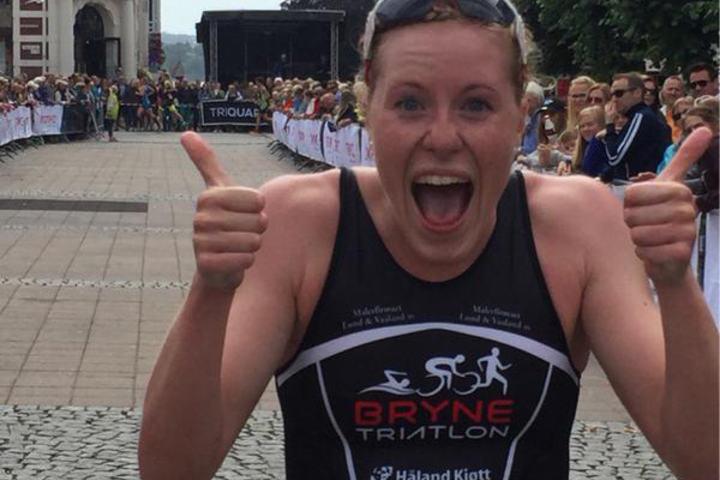 Lotte Miller vinner NM i Triatlon Normaldistanse og Kongepokal