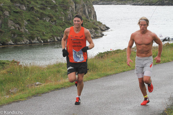 Håvard Austevoll (t.v.), Spirit Stavanger, satte løyperekord på maraton. Foto: Jan Ringheim