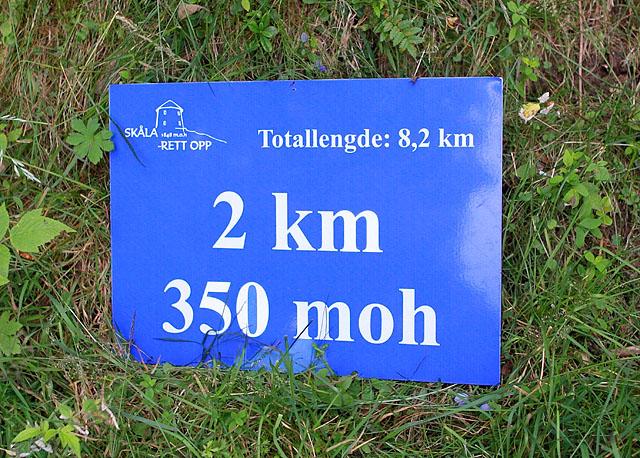 Skilt_2km_350moh_A20G6455.jpg