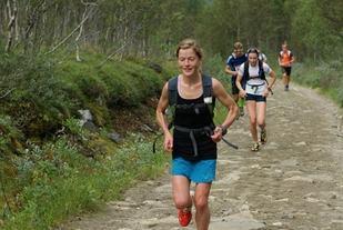 Hilde Aders på vei mot 3. plass i motbakkeløpet og seier i trippelen 2015 (foto: Thomas Føre).