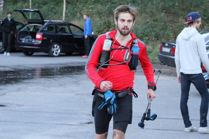 Sindre Tjuvstu Engen løper inn til 2. plass på fjorårets 100 km. Kan det bli seier på 200 km i å? (foto: Olav Engen).