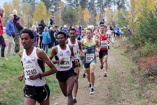 Fra starten på 10 km 2015 (foto: Tom Roger Johansen).