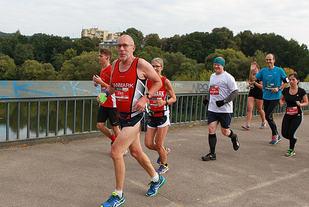 Mange danske deltakere i Danske Bank Vilnius Marathon. (Foto: Kjell Vigestad)