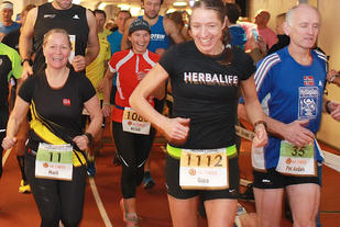 God stemning i startfeltet rett etter start (foto: Kjell Vigestad).