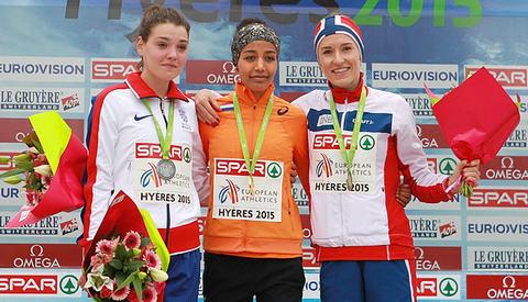 Norsk bronse: Karoline Bjerkeli Grøvdal sikret Norge tidenes første medalje i seniorklassene i et EM i terrengløp. (Foto: Kjell Vigestad)