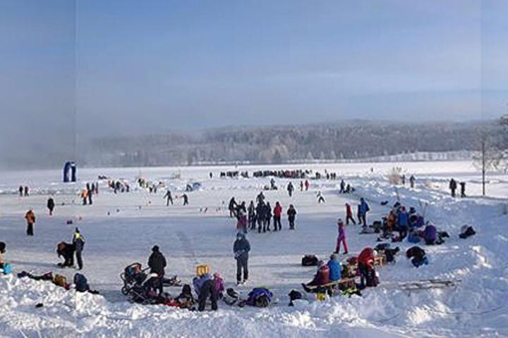 Stadionområdet på Dølisjøen. (Foto: Slåstad IL)