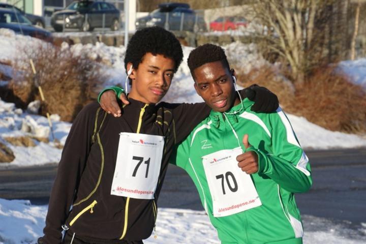 Lioel Haile Desta (71) og Asimve Baseka (70) vant i dag 5 km i Ålesund vinterkarusell. Foto Jan Petter Venøy