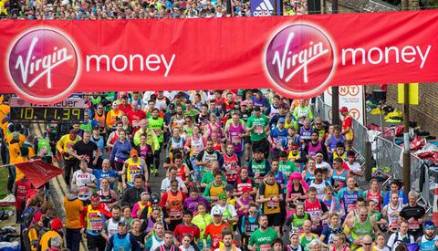 The mass of runners crossing the Red Start. The Virgin Money London Marathon, Sunday 24th April 2016.. The Virgin Money London Marathon, Wednesday 20th April 2016.Photo: David Levenson for Virgin Money London MarathonFor more information please contac