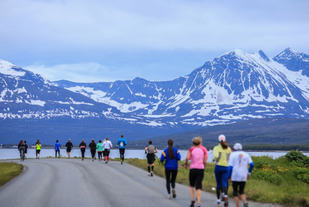 worlds_best_marathons_midnight_sun_marathon_tromso_norway_640
