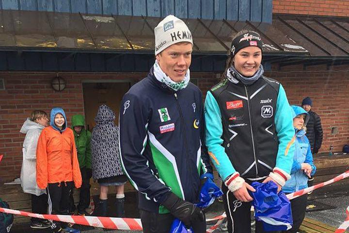 Vinnere av årets Råskinn Bjørn André Aaslund og Tina Knutsmoen . Foto: Arrangøren