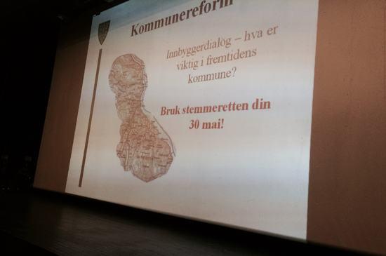 Storskjerm - innbyggerdialog - hva er viktig i fremtidens kommune? Bruk stemmeretten din 30. mai!