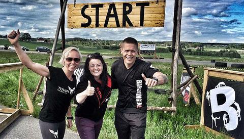 Fjorårets vinnere; Mona Strande og Kim Bråthen, med arrangør Mathilde Jackobsen i midten (Foto: Mona Strande)