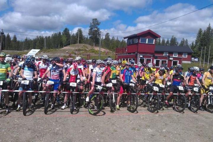 Før start på Hedmarksvidda Rundt i 2015. (Arrangørfoto)