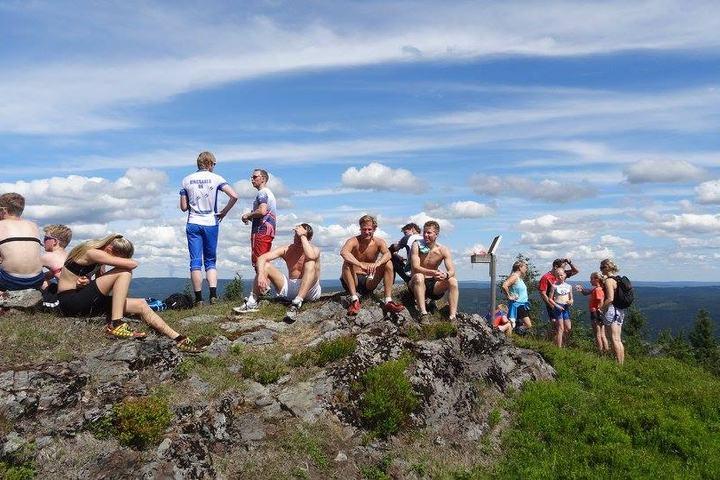 I det flotte været var det ingen som hadde hastverk med å løpe ned til Mjøsa igjen (foto: Sveinung Svendby)