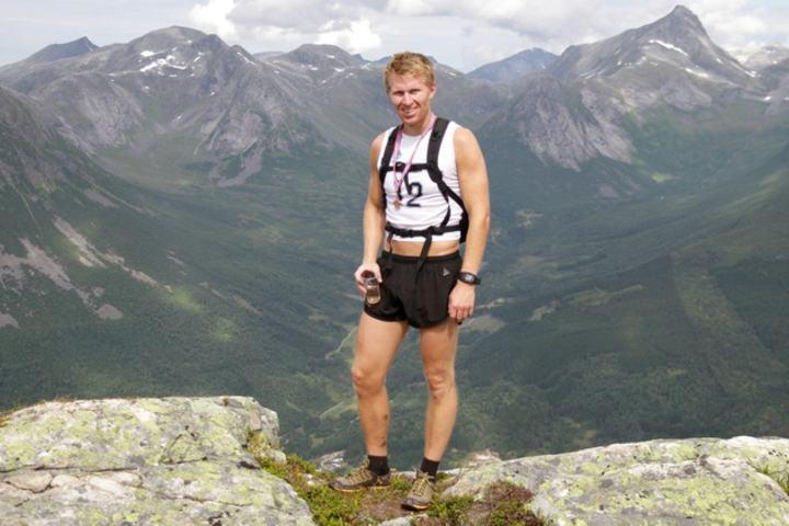 Stian Stærkeby Jelstad viste styrke i dagens motbakkeløp og vant løpet.