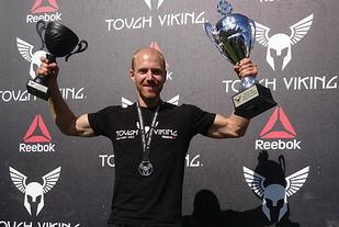 Simon Løvås, Nordens beste hinderløper, 2016.